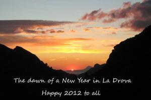 Wishing a Happy & Healthy 2012 to all our visitors...